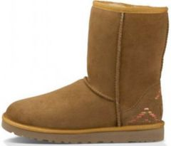 UGG Classic Short Rustic Weave Chestnut
