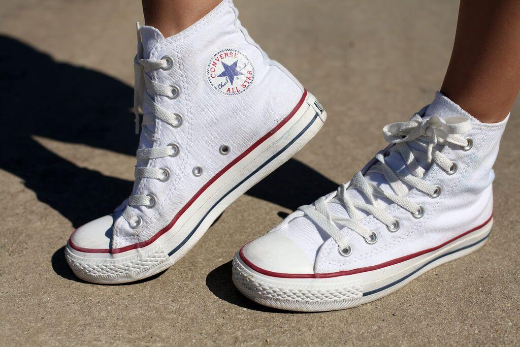 Кеди Converse All Star Високі Білі купити в TEMPOSHOP. 477430ff7daca