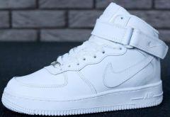 Купити. Кросівки Nike Air Force WINTER